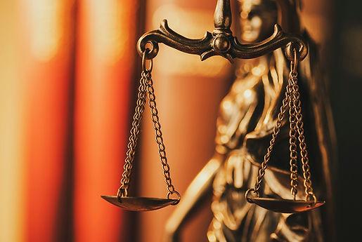 LawyerUp_img15.jpg