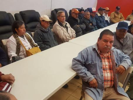 SISTEMA DIF OFRECE TEMA MOTIVACIONAL A ADULTOS MAYORES, DEL PROGRAMA DE EMPACADORES VOLUNTARIOS.
