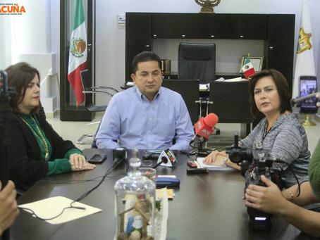 """JOSÉ JUAN MEDINA ZAPATA, CRONISTA DE LA CIUDAD, GANADOR DE LA PRESEA """"MANUEL ACUÑA"""" AL MÉRITO CIUDAD"""