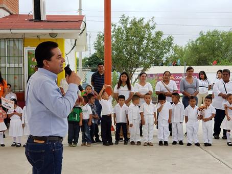 """PEQUEÑOS DEL JARDÍN DE NIÑOS """"MÉXICO"""" ESTRENAN  TECHO DE MALLASOMBRA"""