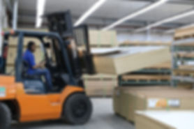 Fábrica de Mobiliário Comercial e Expositores para Varejo e Industrias