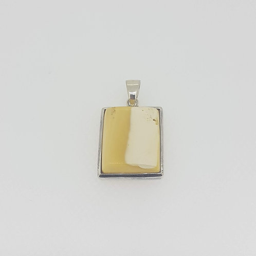 Amber set oblong pendant