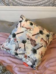 Parakeet Cushion
