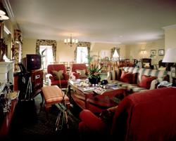 05-Cottages-Living-Room