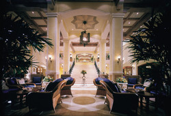 02-Lobby-Lounge