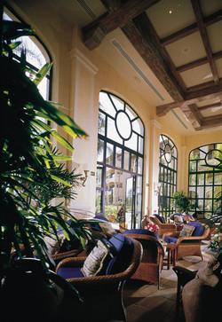 03-Lobby-Lounge-Bar-