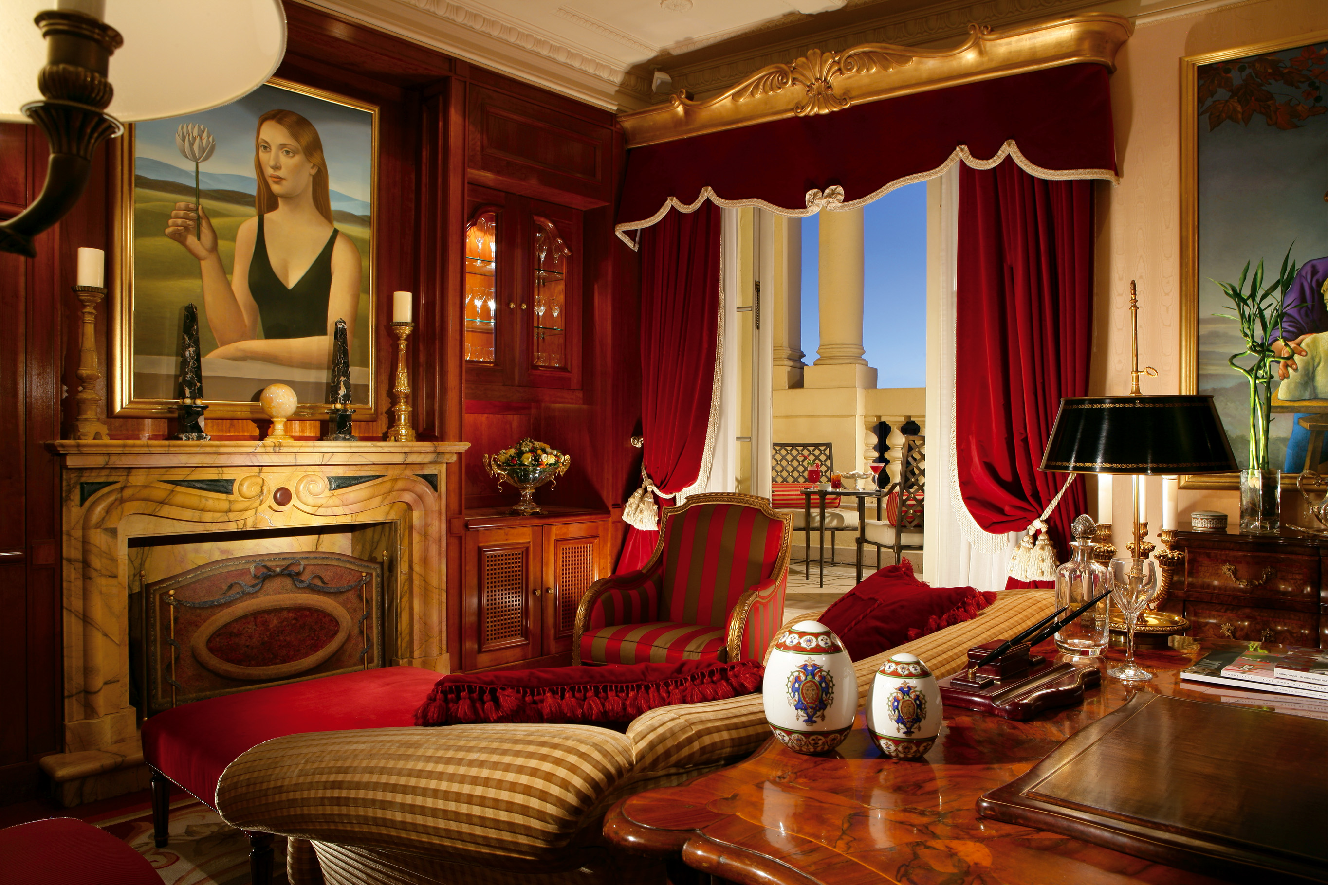08. Villa la Cupola - master bedroom