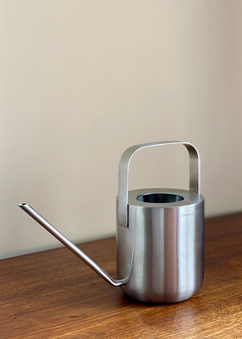 blomus watering can 1L.