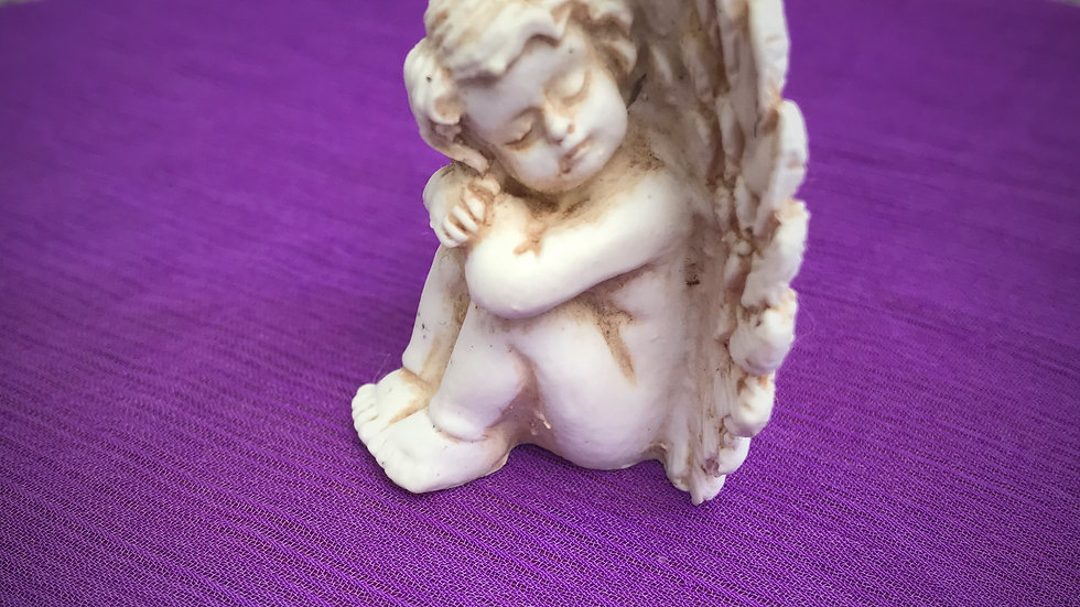 Resting Angel Statue (Small) - 4cm x 2cm x 4cm