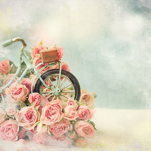 Bicycle toy with roses. Gift for mom..jp