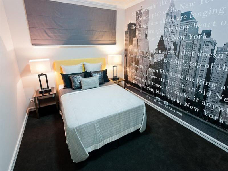 New York Feature  Wallpaper Mural