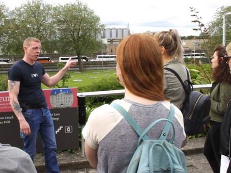 Dublin contratou moradores de rua como guias turísticos e agora eles podem se reintegrar à sociedade