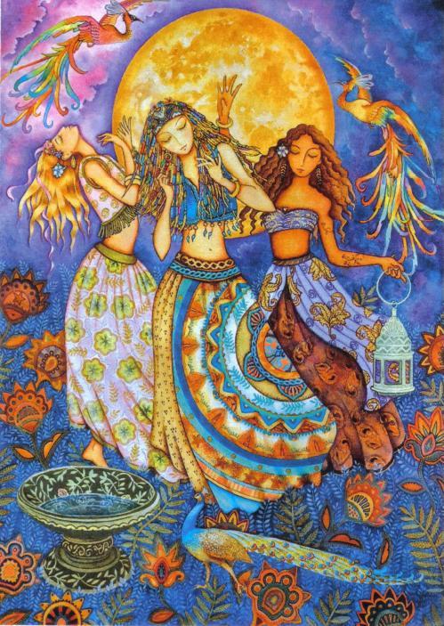 Moon Dance, trois jeunes femmes dansent au clair de lune