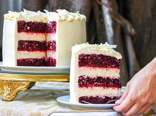 RED VELVET CHEESECAKE CAKE GRANDE