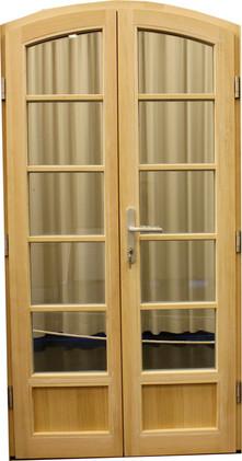 Tür in Kiefer