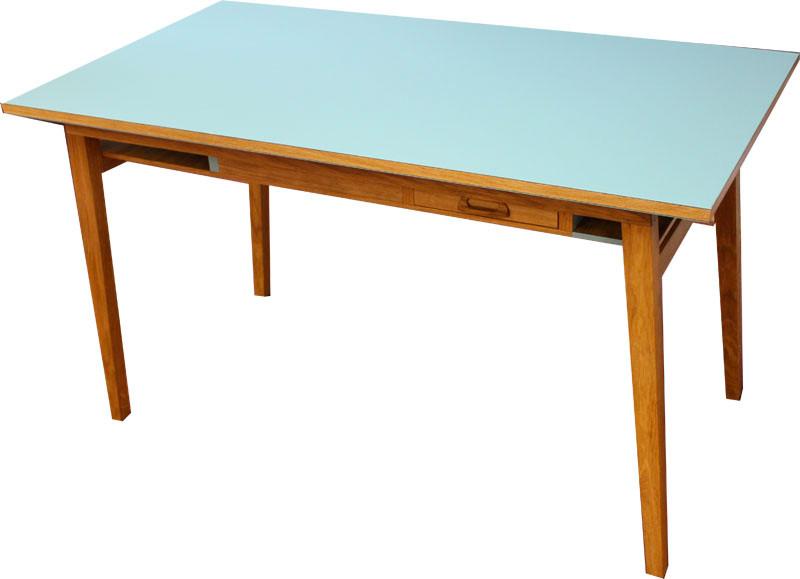 Tisch in Eiche/ Linoleum