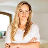 Martyna Stachowiak masaż Shiroabhyanga_edited.jpg