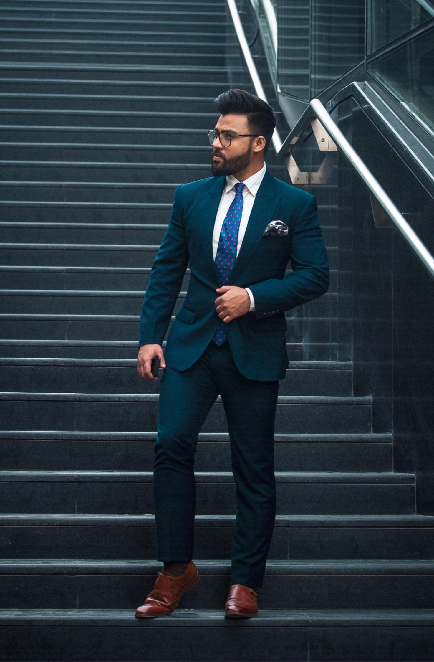 Gopalsons-Suit