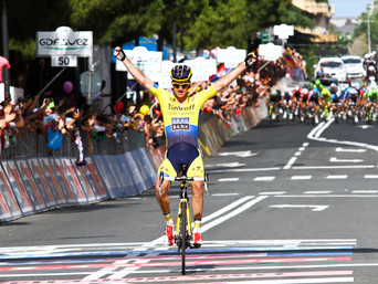 ROGERS SWOOPS TO VICTORY IN SAVONA EVANS RETAINS THE MAGLIA ROSA
