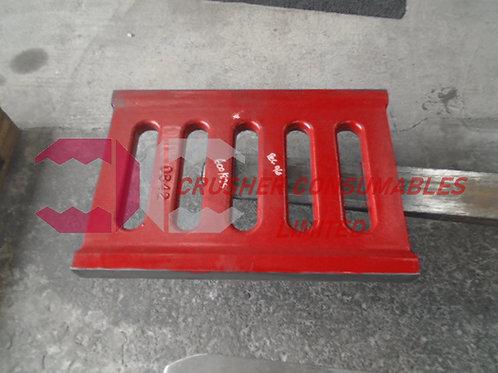 600/825 TOGGLE PLATE  | TEREX PEGSON / POWERSCREEN 900 X 600