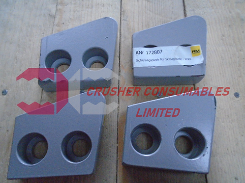172807 GUARD PLATE (LEFT SIDE) | RM80 | RUBBLEMASTER