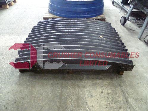 8240-70-5051 FIXED JAW 14T - 18% MN | BR380JG | KOMATSU