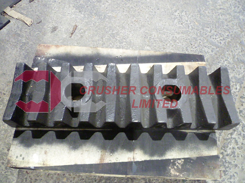 176241 Impact plate - serrated (front bolted) | Rubblemaster RM70/RM70GO