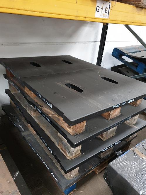 25-11-0048 TOGGLE PLATE - 640MM HARDOX | FINTEC / SANDVIK / EXTEC 1107