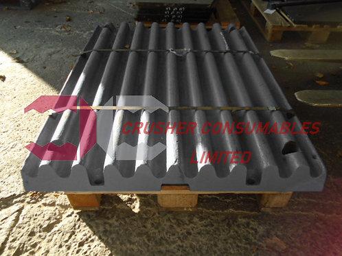 J9640000 Swing jaw, deep corrugated tooth | Sandvik / Extec