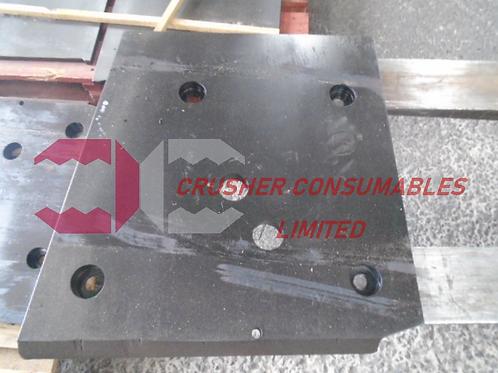 J1240000 UPPER CHEEK PLATE LH HARDOX   EXTEC / SANDVIK / FINTEC PITBULL MK2