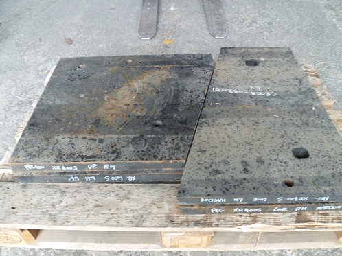 CR005-052-001 UPPER CHEEK PLATE RH HARDOX   TEREX PEGSON / POWERSCREEN XR400S