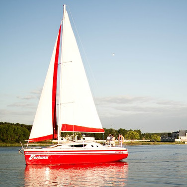 Minsk Sea yacht tour. Price from 140 eur.