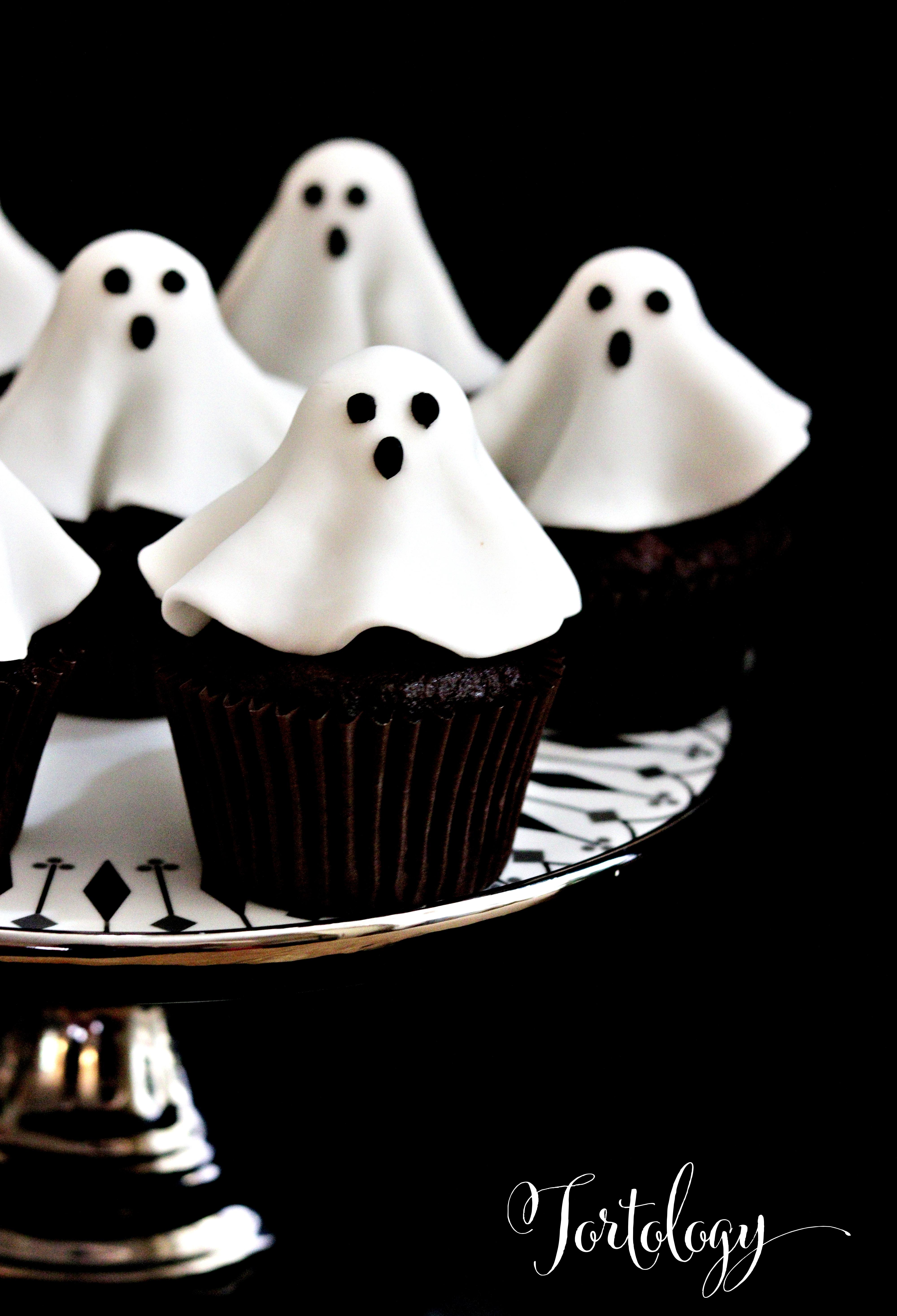 Ghost Cupcakes Halloween Tortology