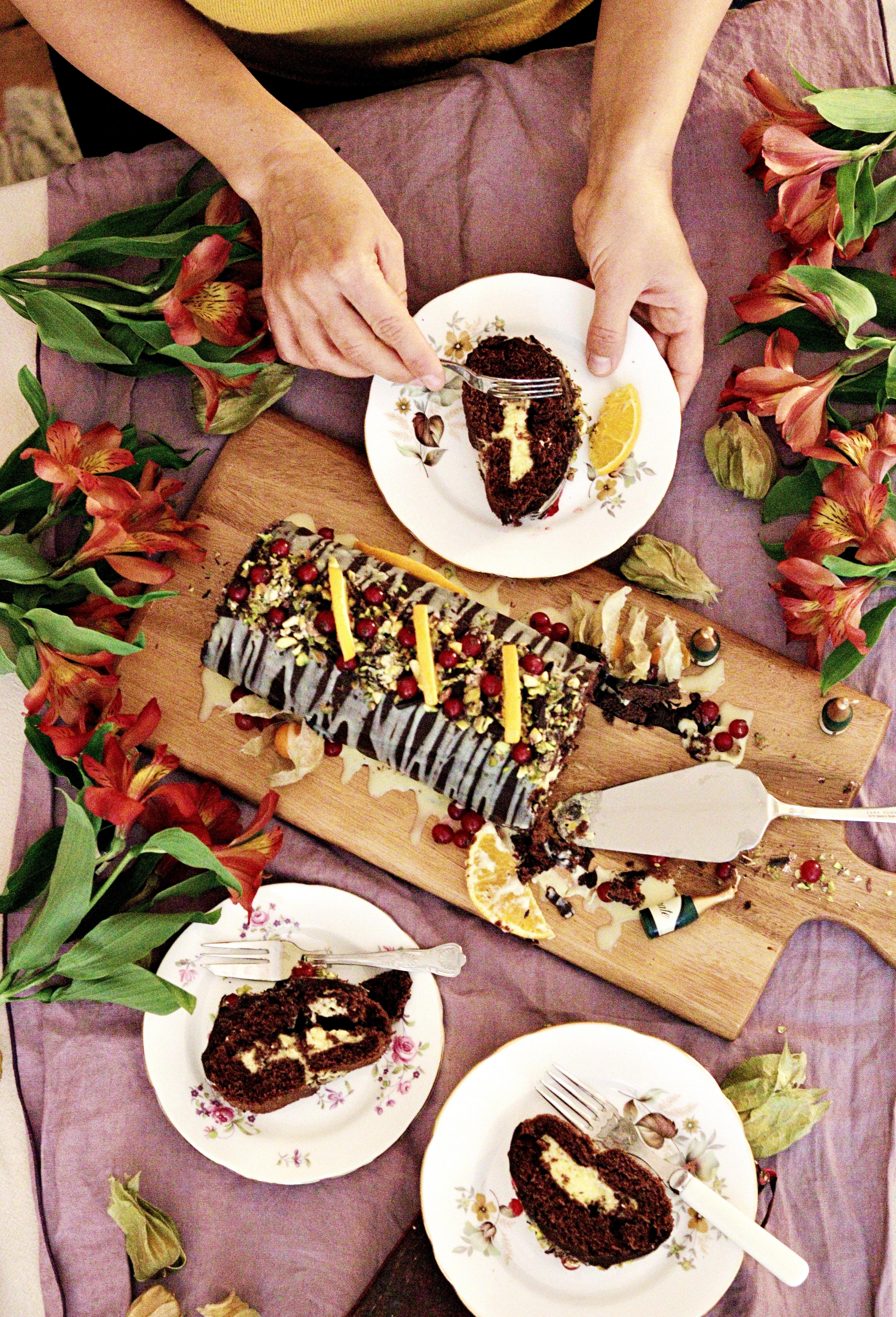 Eva's Birthday Cake Tortology