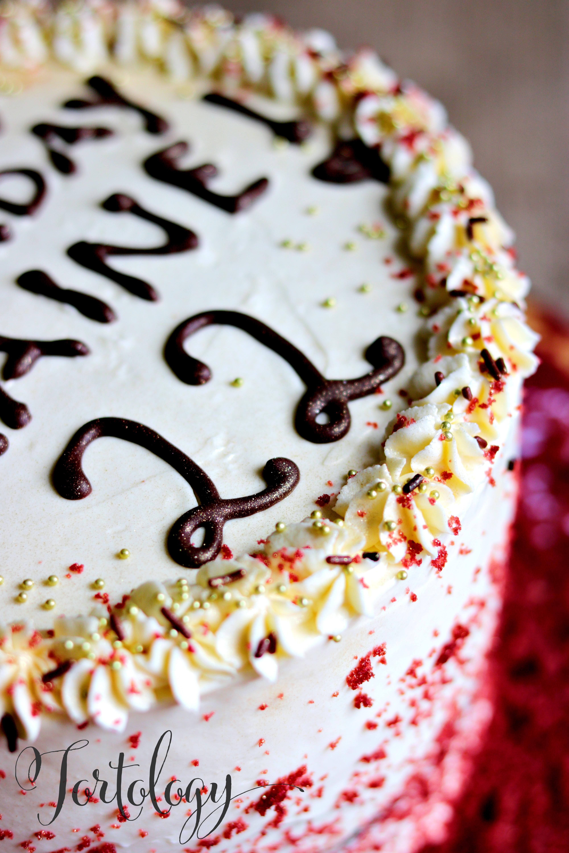 Red Velvet Cake Tortology