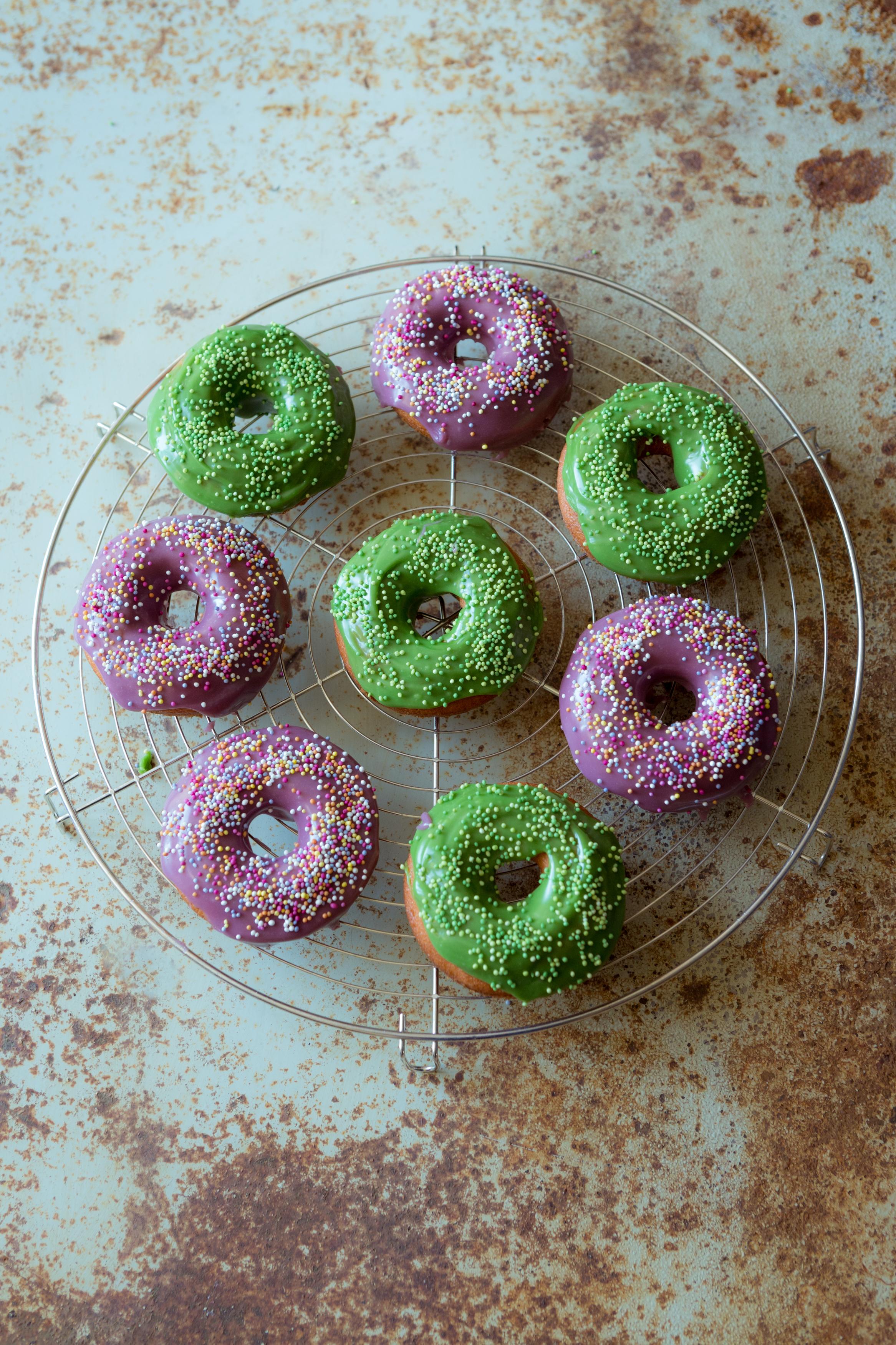 Vanilla & White Chocolate Doughnuts Miss Tortology
