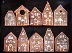 Gingerbread Cookies Houses Tortology 4.jpg
