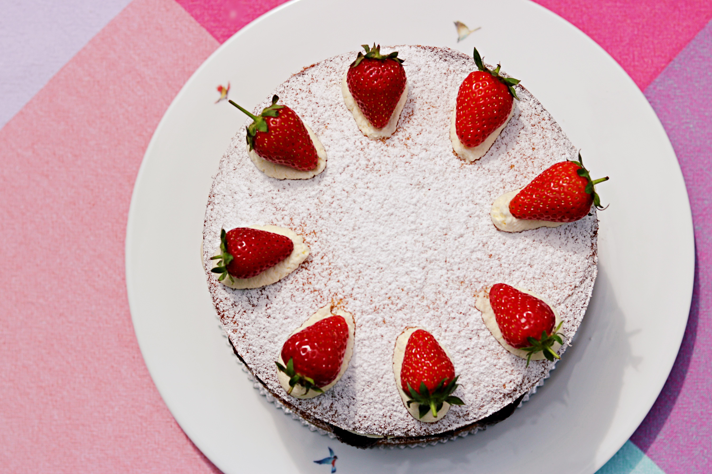 Gluten Free Almond & Strawberry Victoria Sponge Cake Tortology