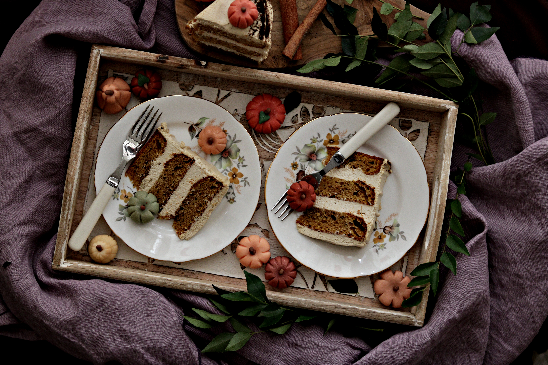 Pumpkin Spice Latte Cake Slices View Tortology