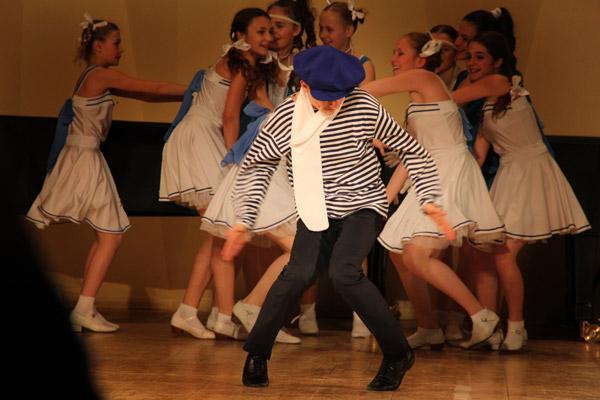 """Эстрадный танец """"Однажды в Одессе"""""""