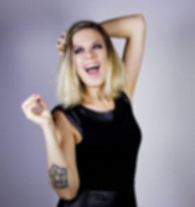 Paloma Carvalho - cantora, compositora, musica, samba, mpb, soma, samba íntimo