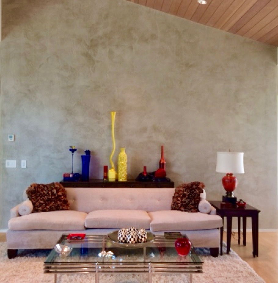 Venetian Plaster was the perfect neutral backdrop to show off large scale accessories.