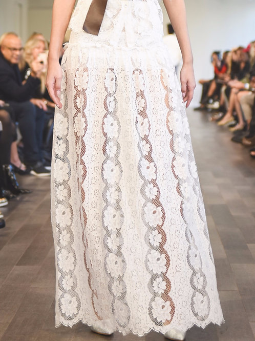 S509L20 Chantilly Lace maxi skirt