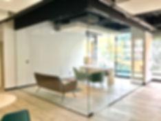oficina-en-vidrio-1.jpg