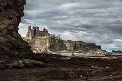 Tantallon Castle D 10.jpg
