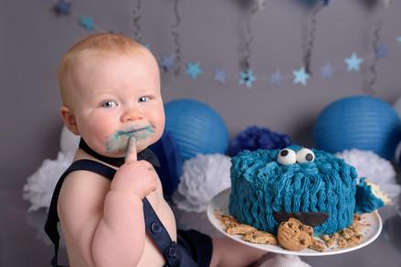Cake smash photographer Lichfield Staffordshire