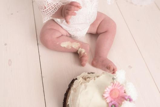 Cake smash Lichfield Staffordshire