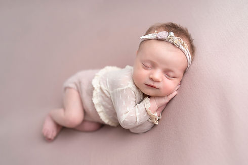 Newborn photography Lichfield00011.jpg