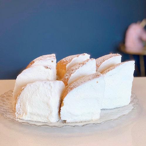 Japanese cream cheese bun