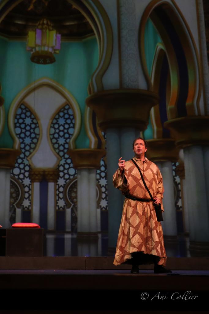 Persian Court--Uncle Maffeo